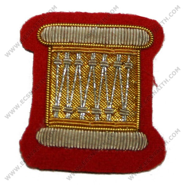 No 2 dress badges and patches