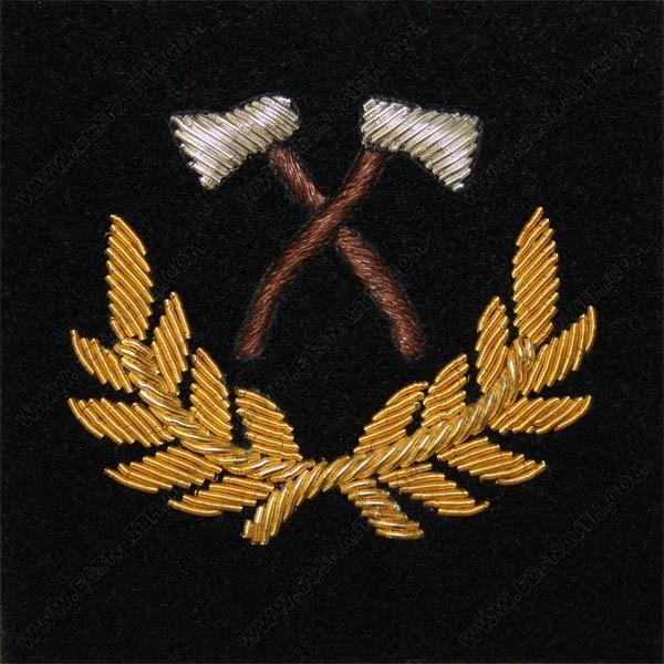 Assault Pioneer On Black Mess Badge (WO)