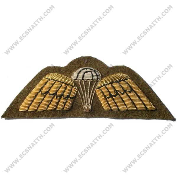 Parachute & Wings Gold On Khaki