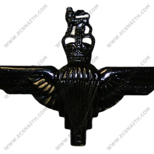 Parachute Regiment Cap Badge, Black