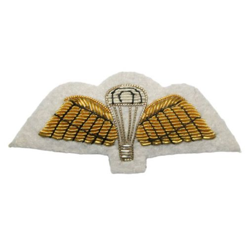 Signaller (Gold on White) Badge